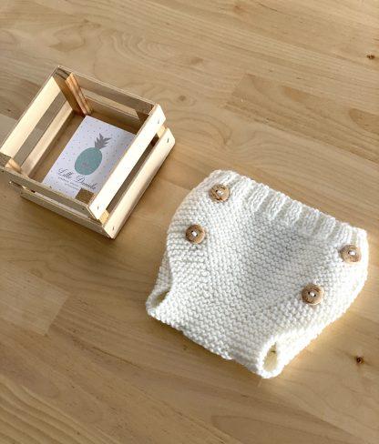 cubrepañal de lana crudo