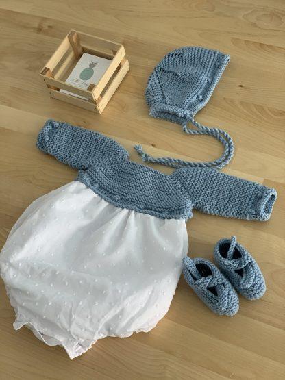 Conjunto bodoques lana celeste